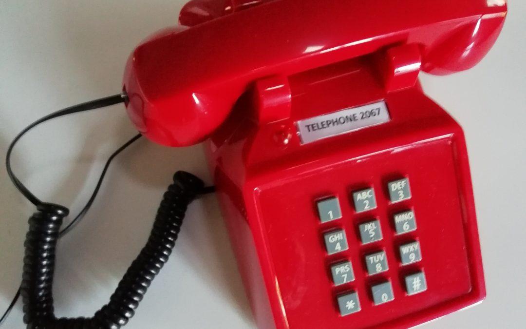 Téléphone 2067